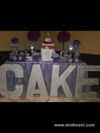 düğün nişan organizasyonları için sahne dekorları