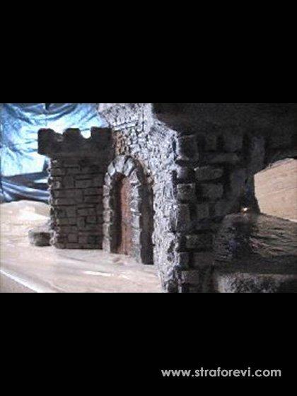 Kale Konseptli Strafor Maket Çalışması